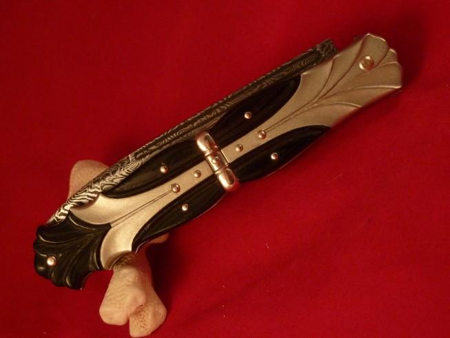 Couteaux de Michel Prevost - Page 3 P1020230