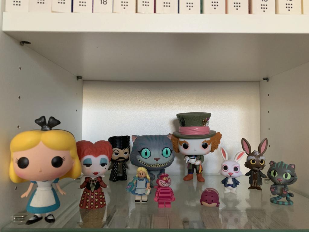 La petite collection Alice d'une Alice... Img_0415
