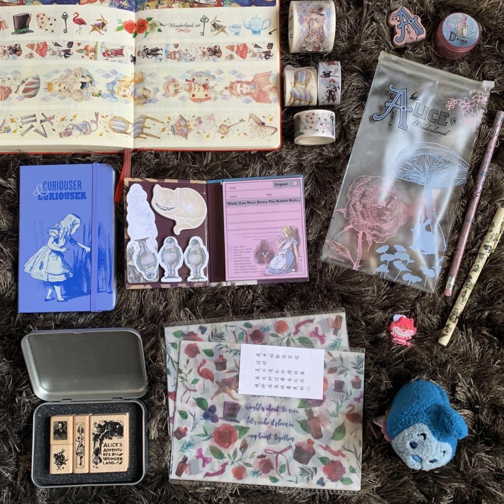 La petite collection Alice d'une Alice... Img_0416