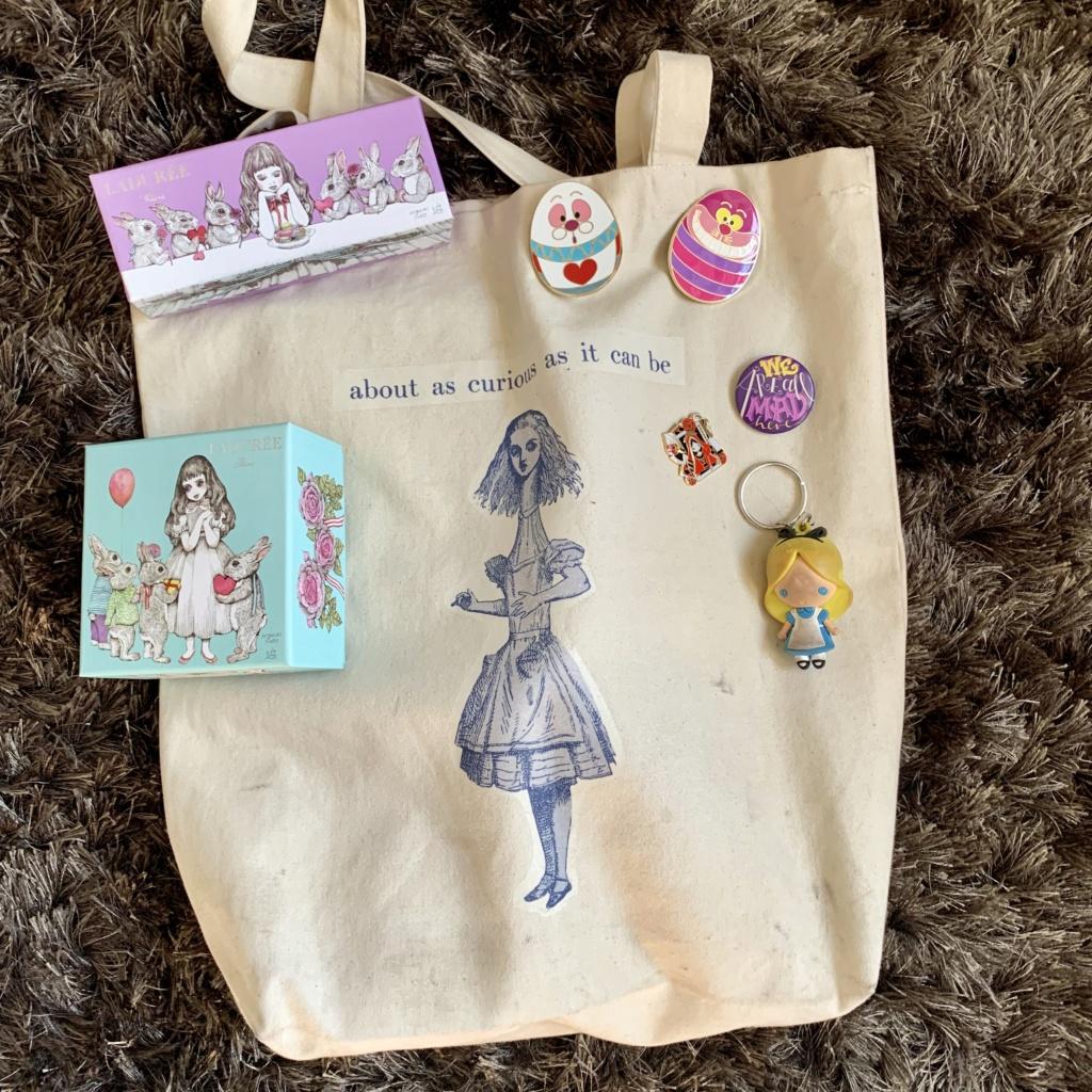 La petite collection Alice d'une Alice... Img_0419