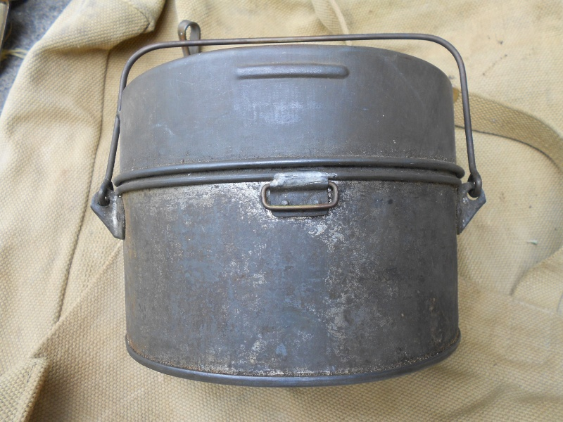 WW1 Canadian mess tin 01611