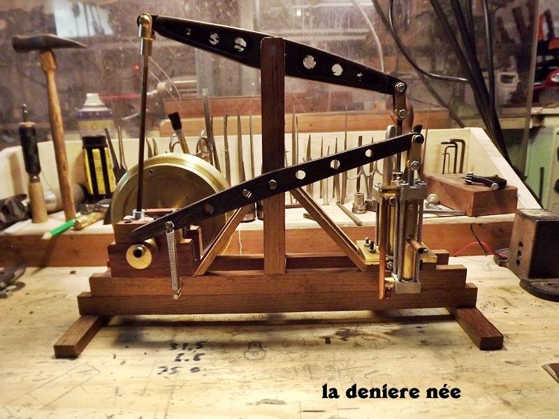 mes moteurs a vapeur Dscf4211