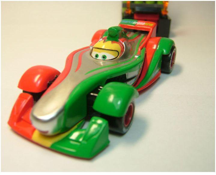 "[Cars 2] Clutchgoneski Métallique ""bizarre"" Rip_me12"
