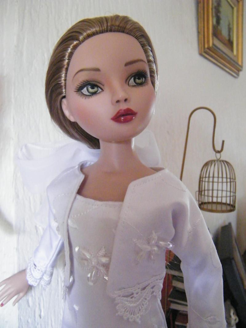 Mes poupées Ellowyne Wilde. De nouvelles photos postées régulièrement. - Page 2 My_ell13