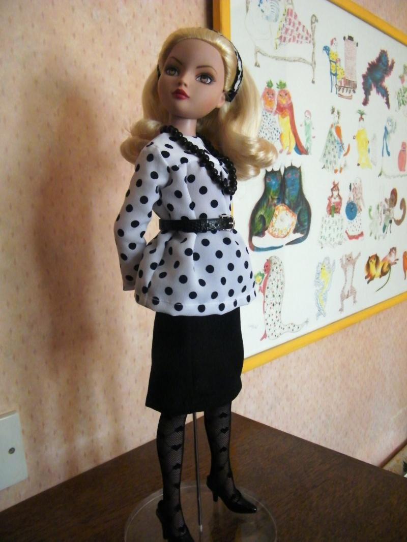 Mes poupées Ellowyne Wilde. De nouvelles photos postées régulièrement. - Page 2 My_fir13