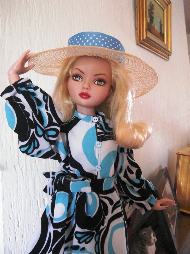 Mes poupées Ellowyne Wilde. De nouvelles photos postées régulièrement. - Page 2 My_fir19