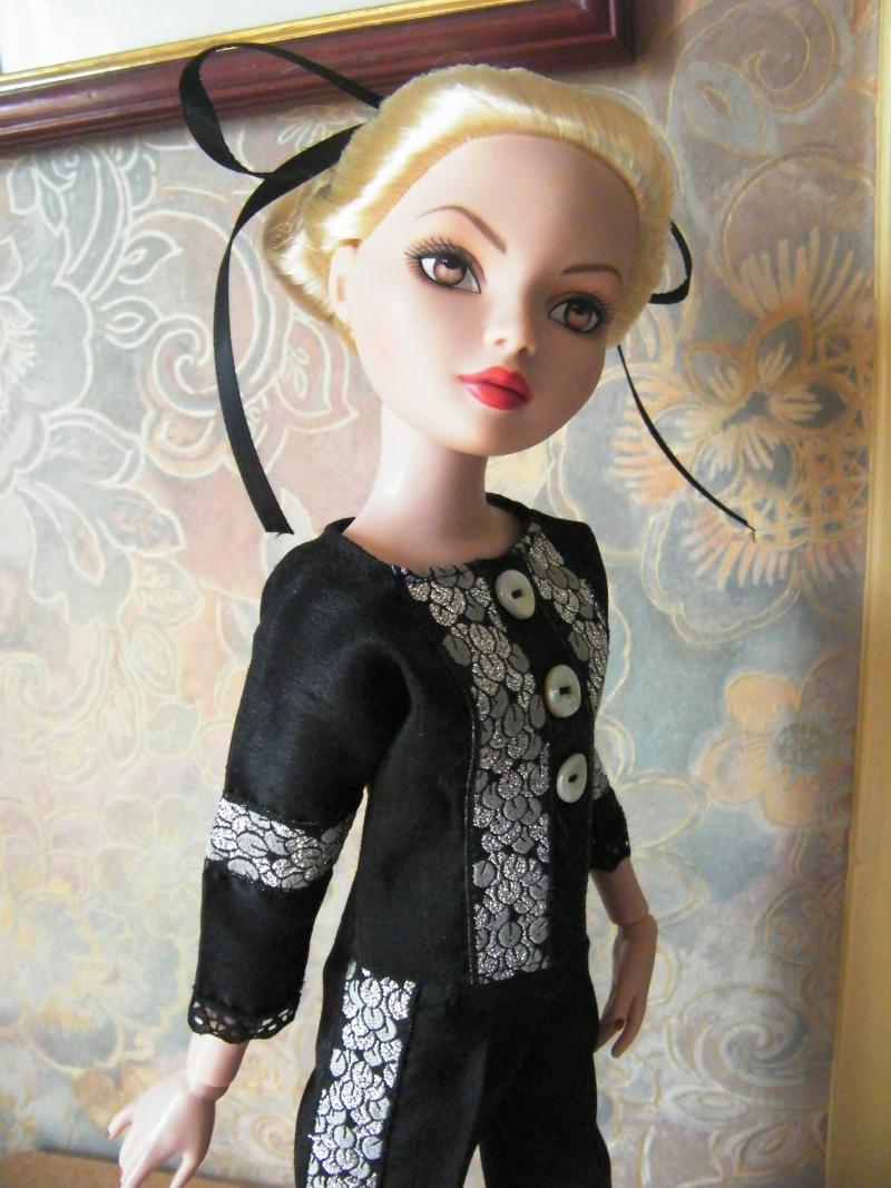 Mes poupées Ellowyne Wilde. De nouvelles photos postées régulièrement. - Page 2 My_fir22