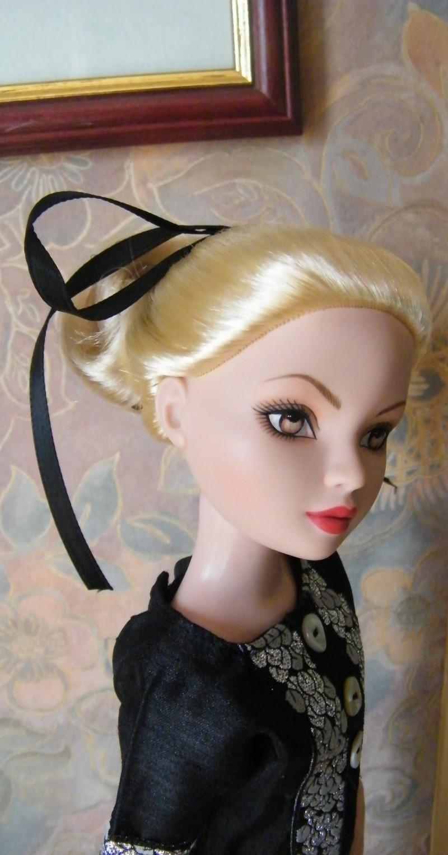 Mes poupées Ellowyne Wilde. De nouvelles photos postées régulièrement. - Page 2 My_fir23