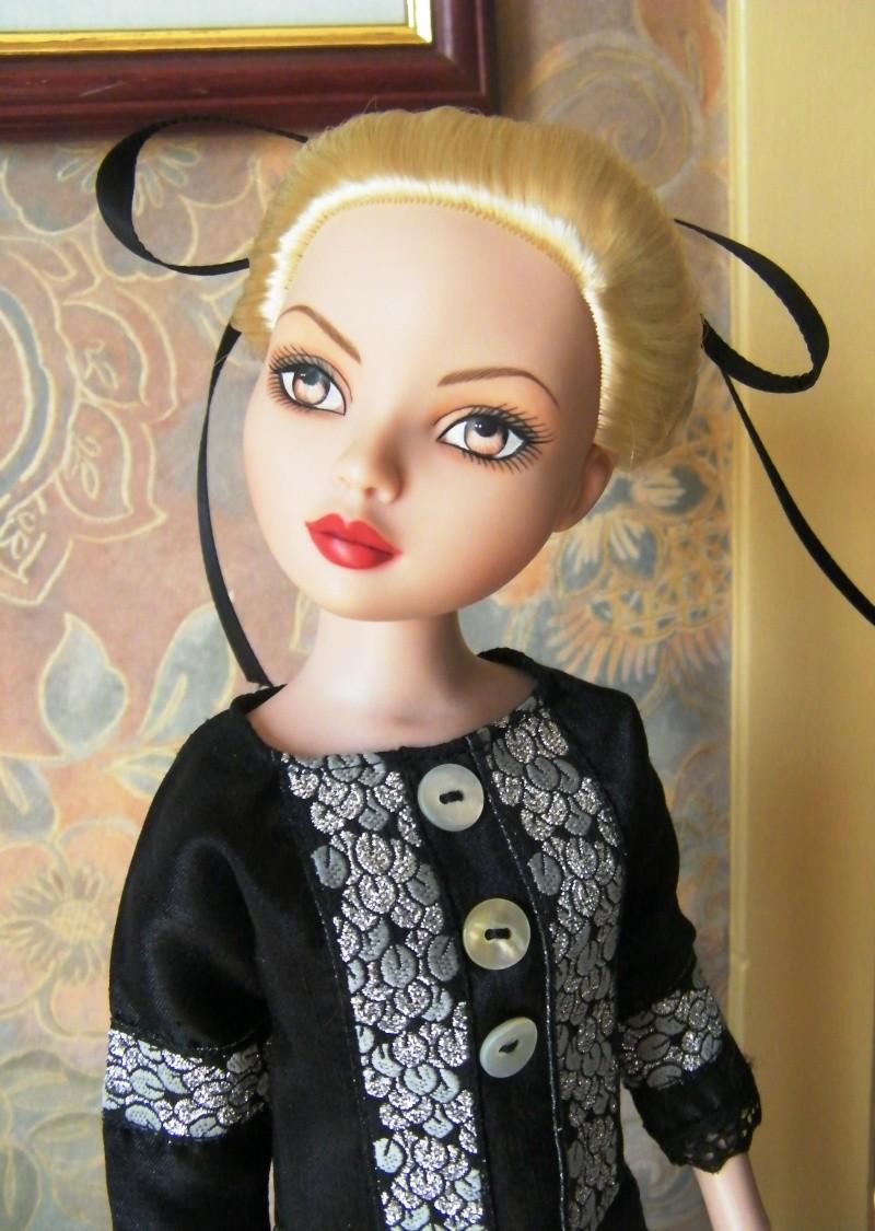 Mes poupées Ellowyne Wilde. De nouvelles photos postées régulièrement. - Page 2 My_fir24