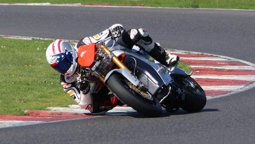 [Road Racing] TT 2013 - Page 2 Czysz-10