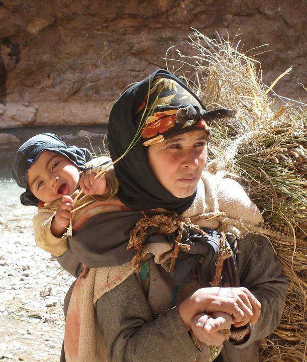 Pull  Femme - femme Amazigh berbere ma chérie  المرأة الامازيغية  Mimoun20