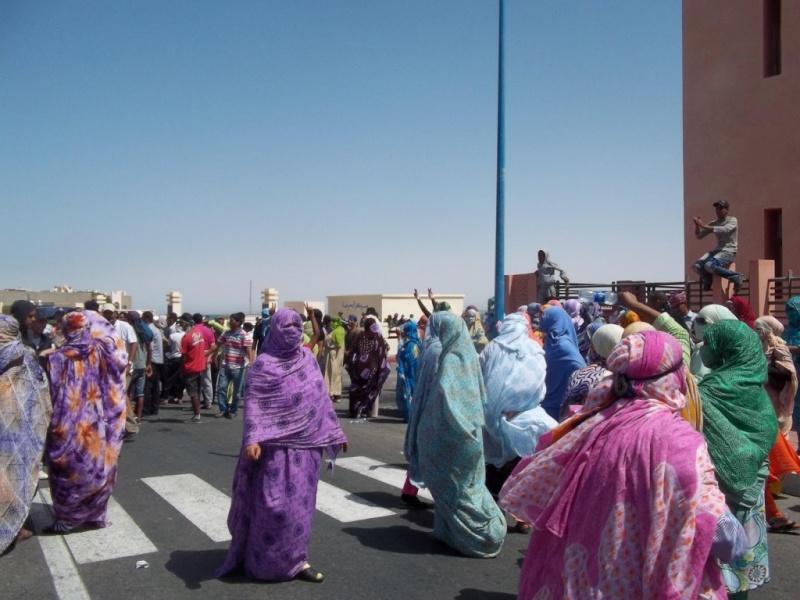 Pull  Femme - femme Amazigh berbere ma chérie  المرأة الامازيغية  Mimoun30