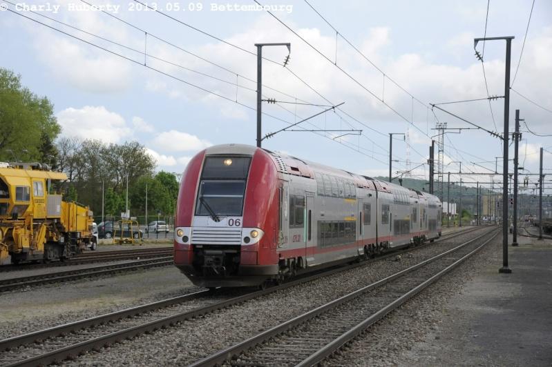 série 2200 [ CFL ] franchit la Moselle _cha2110