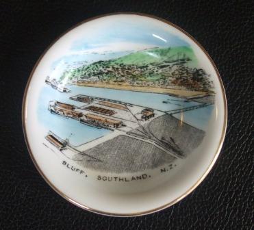 Royal Grafton souvenir dish Bluff_11