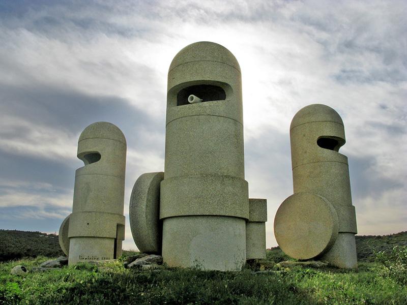 Les oeuvres d'art sur les aires de repos d'autoroutes. 140_7510