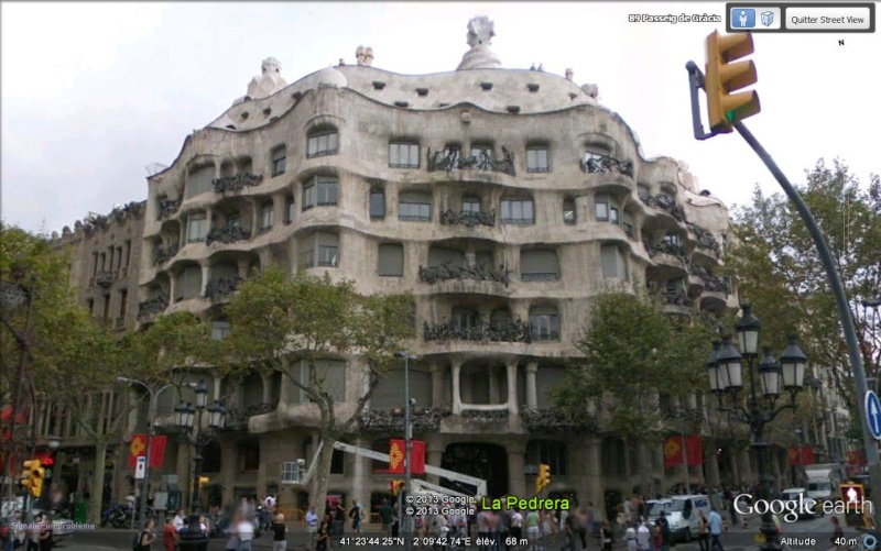 Casa Milà ou La Pedrera - Barcelone - Espagne. Svvvv11