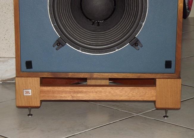 JBL monitor + tubes = Bonheur... - Page 2 Dscf1310
