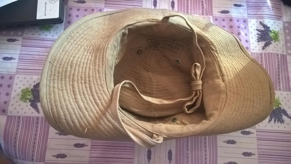 chapeau de brousse beige, insigne argent légion Wp_20313