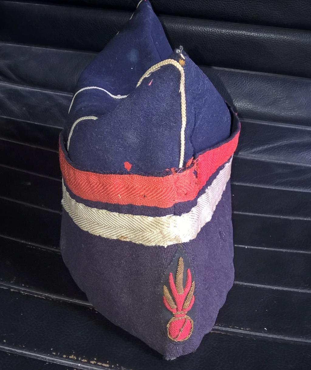 bonnet de police second empire matriculé ? Wp_20331