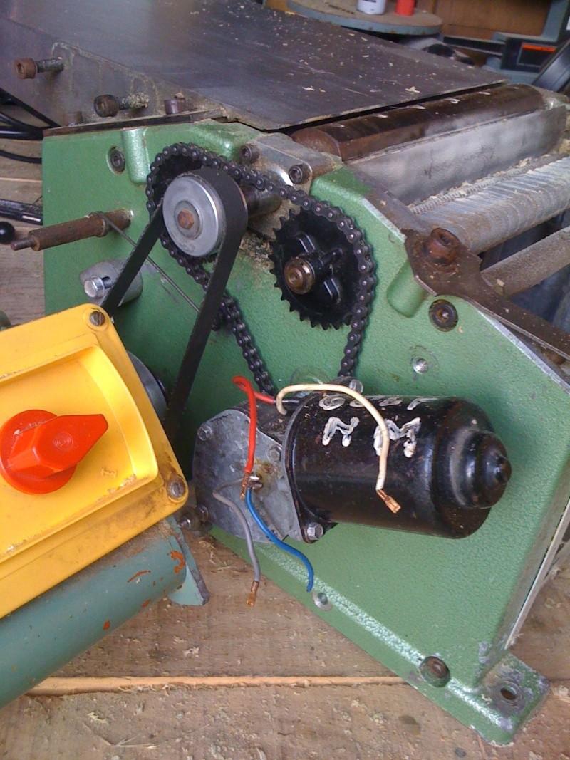 Modification du système d'entrainement du bois sur rabot/dégau Img_0011