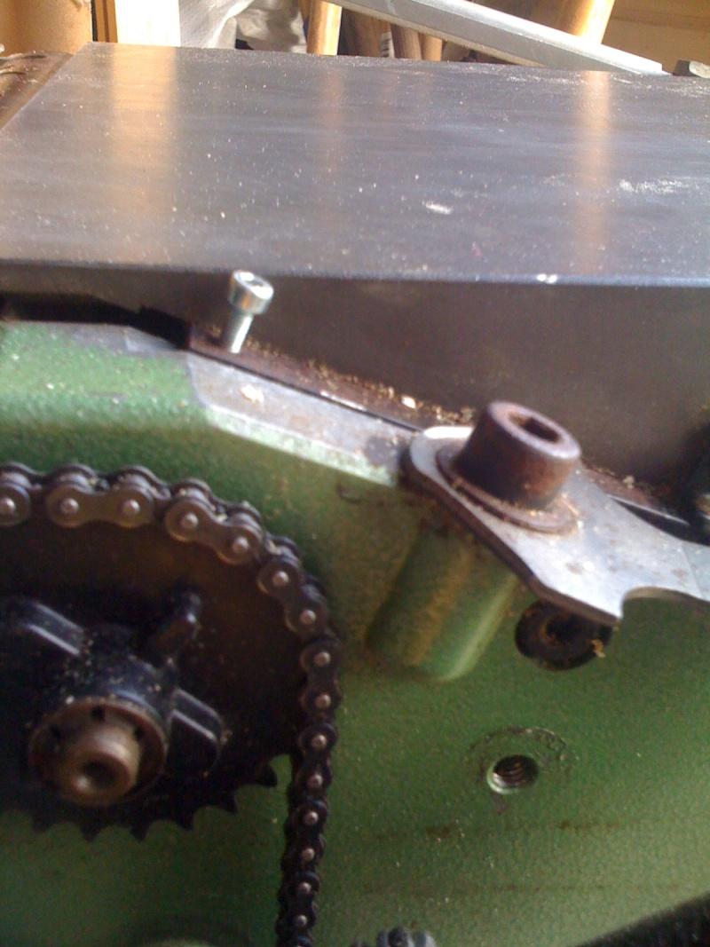 Modification du système d'entrainement du bois sur rabot/dégau Img_0012