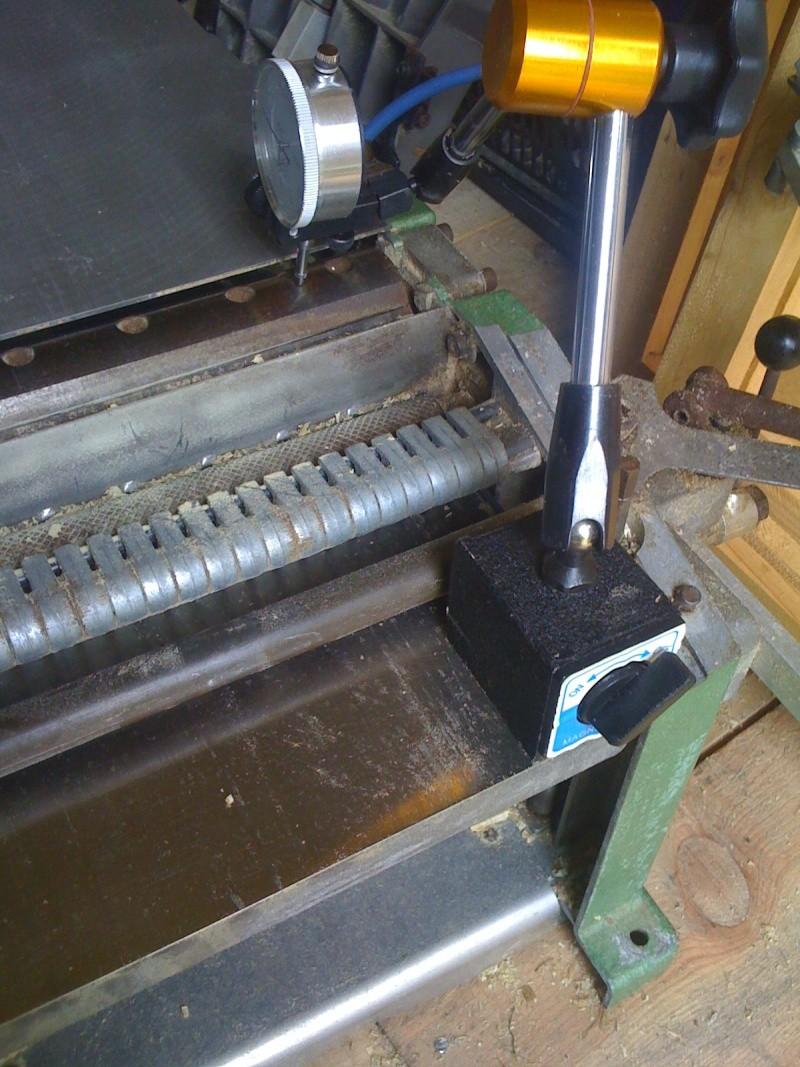 Modification du système d'entrainement du bois sur rabot/dégau Img_0014