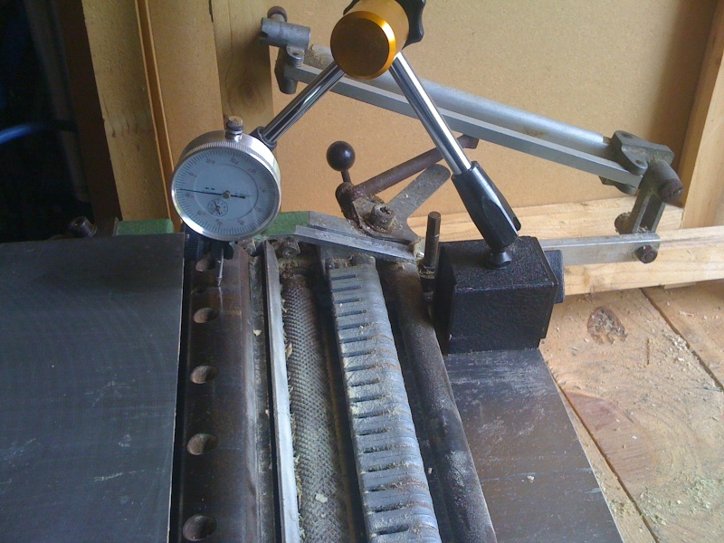 Modification du système d'entrainement du bois sur rabot/dégau Img_0015
