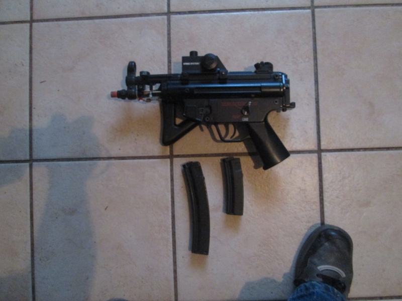 MP5 w/ Red Dot - $30 Img_0411