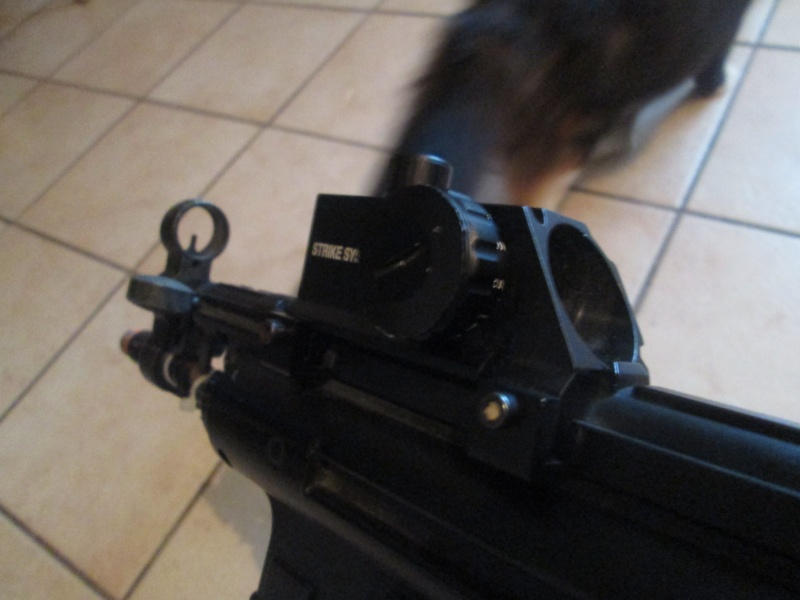 MP5 w/ Red Dot - $30 Img_0412