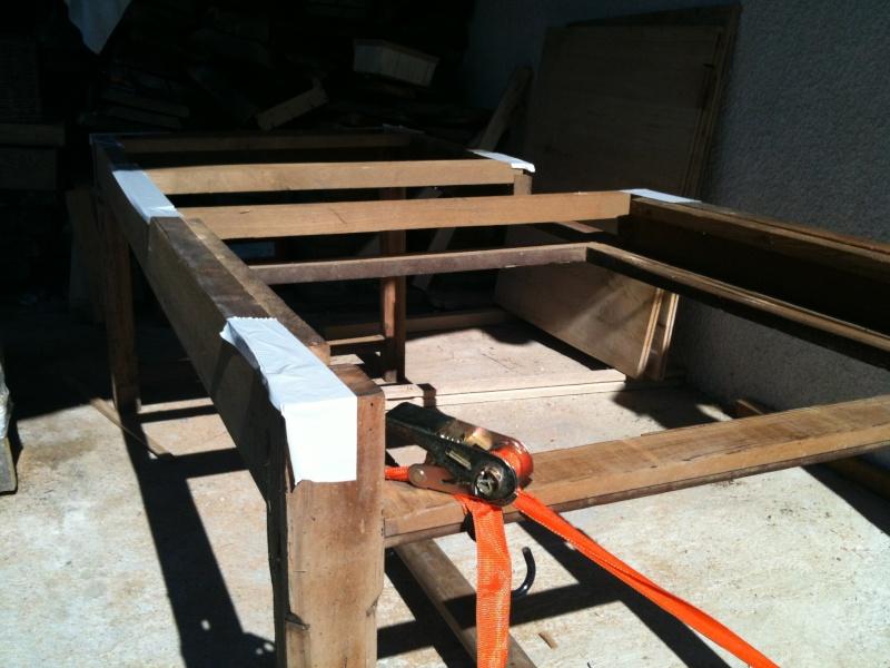 Restauration d'une table de ferme  Img_0610