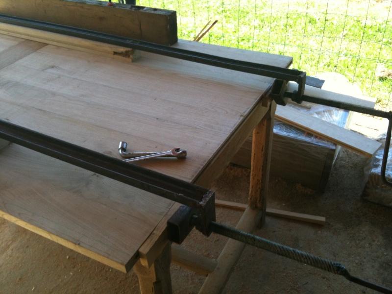 Restauration d'une table de ferme  Img_0614