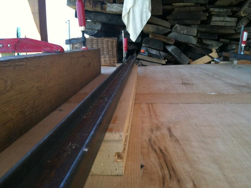 Restauration d'une table de ferme  Img_0615