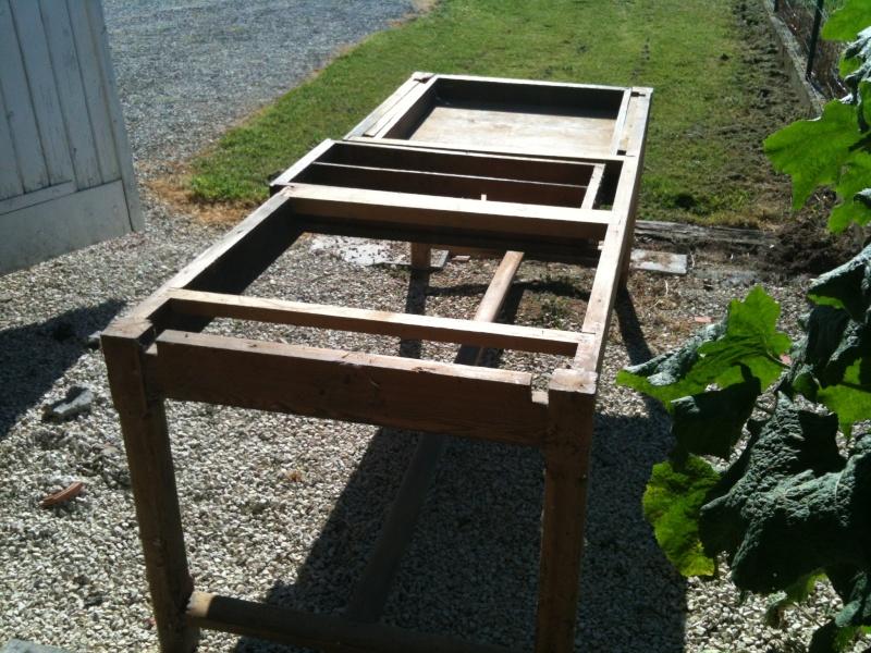 Restauration d'une table de ferme  N111