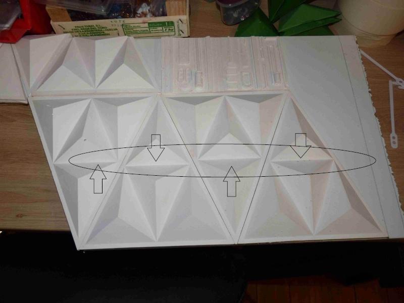 COSMOS 1999 : Hangar BAse Lunaire Alpha Eyhang24