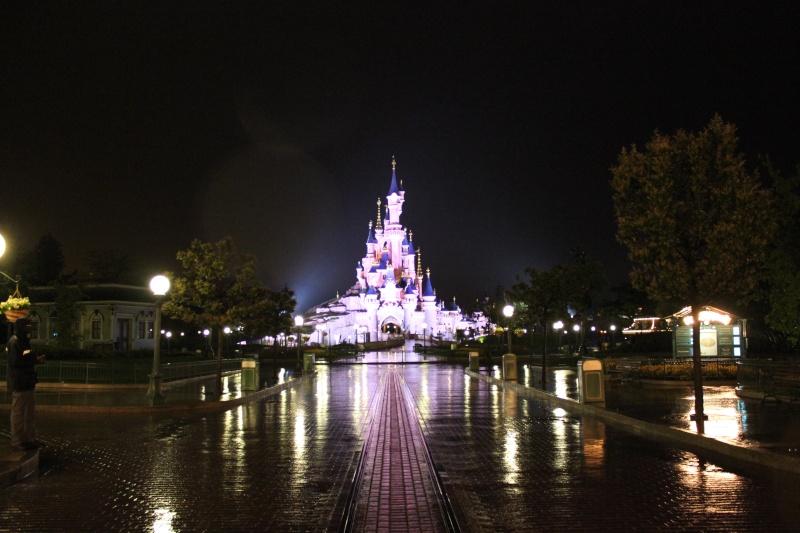 Vos photos nocturnes de Disneyland Paris - Page 2 Photo110