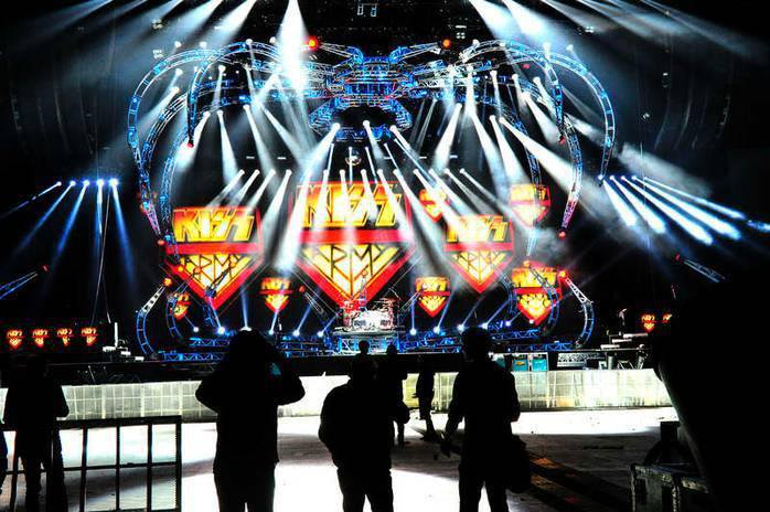 Monster tour Europe  57811711