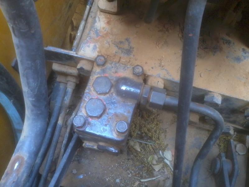 circuit hydraulique R60 2013-013