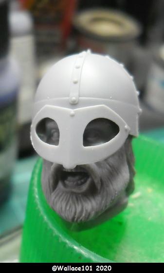 Viking IX siècle ICM 1/16 Tete0012