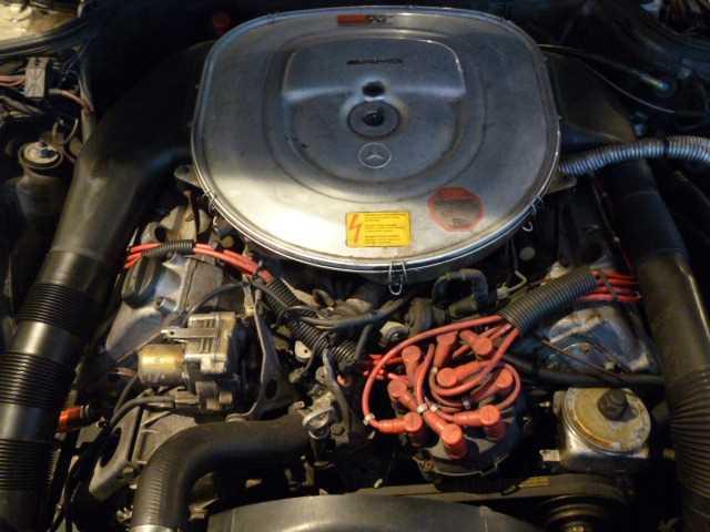 """(W126): 560SE 6.0 32 AMG exótica """"Wide-Radläufe in Hellblau"""" 40c0cd10"""