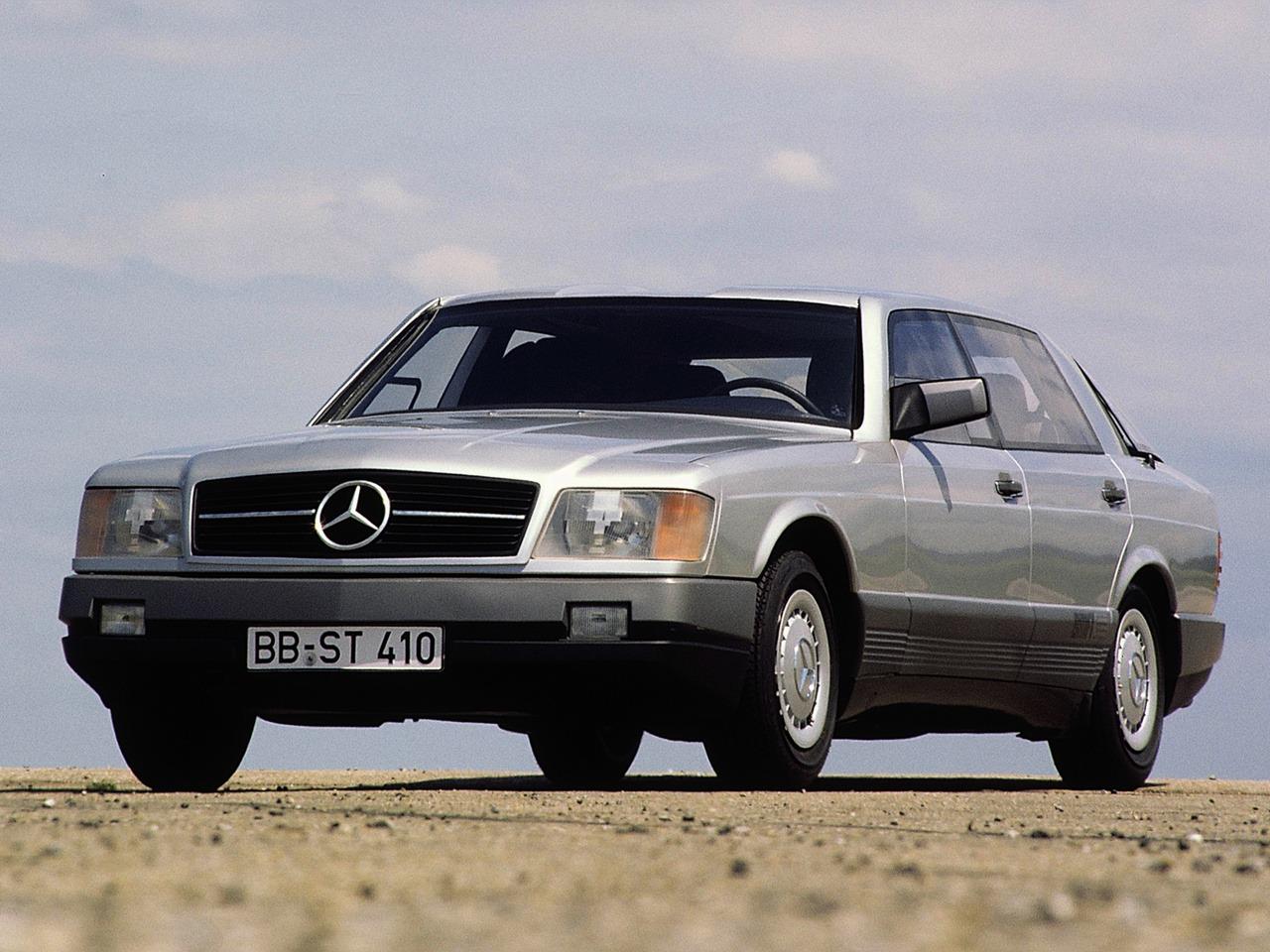 (CONCEITO): Vídeo - Mercedes-Benz 1981 - Auto 2000  416f0610
