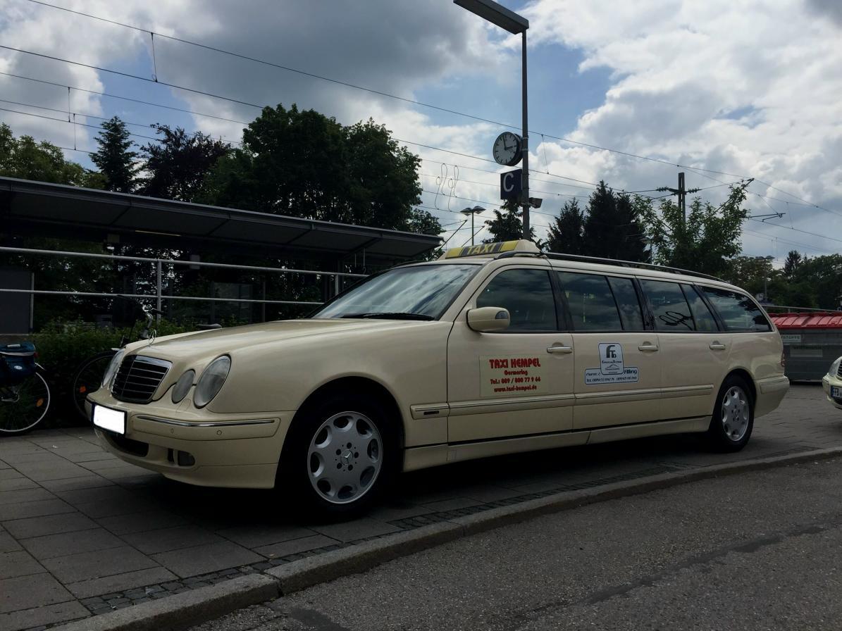 (CURIOSIDADE): Táxis Mercedes-Benz pelo mundo - Página 2 4ad2a710