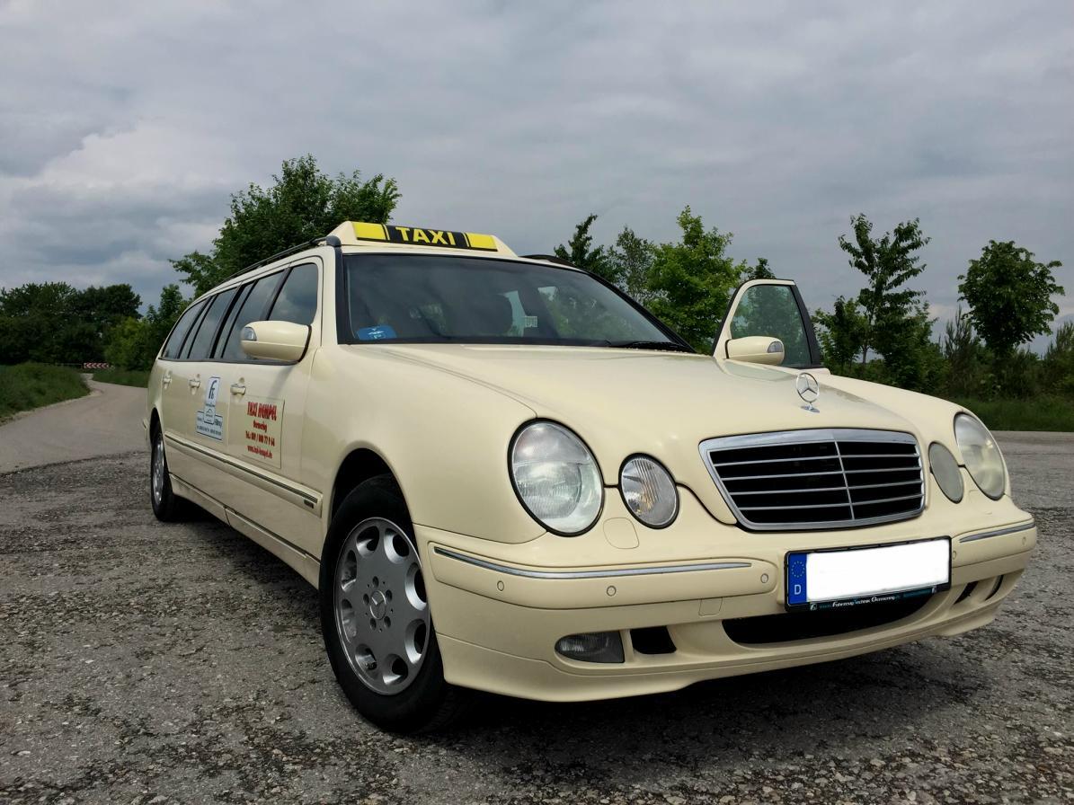 (CURIOSIDADE): Táxis Mercedes-Benz pelo mundo - Página 2 4ef3a610