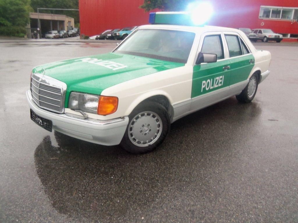 (W/B): Classe S 420SE B7 da polícia alemã  51dbf610