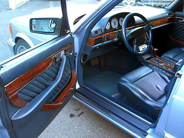 (W126): 560SEL AMG 6.0 - 4 assentos Recaro® - azul/azul 5afe4110
