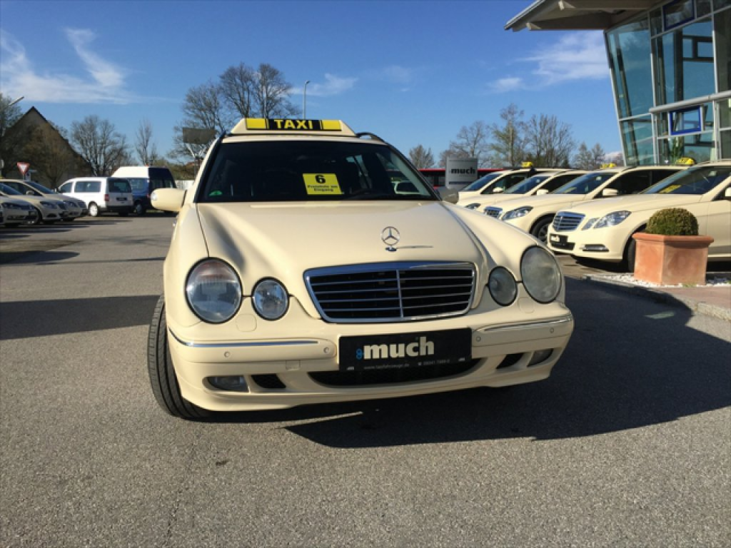 (CURIOSIDADE): Táxis Mercedes-Benz pelo mundo - Página 2 7d6d0310