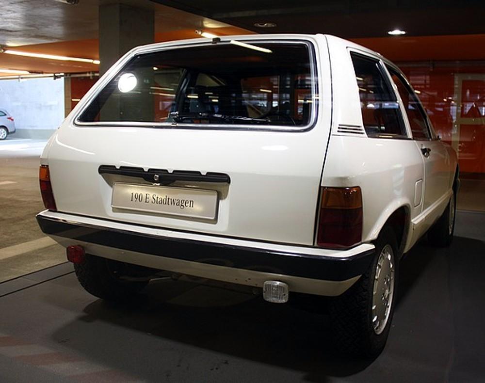 (W201): 190E Stadtwagen 1984 A0dd5f10