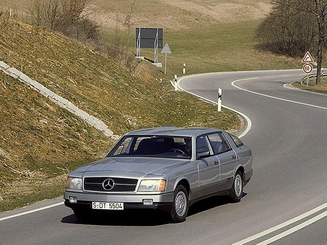 (CONCEITO): Vídeo - Mercedes-Benz 1981 - Auto 2000  C1c99710