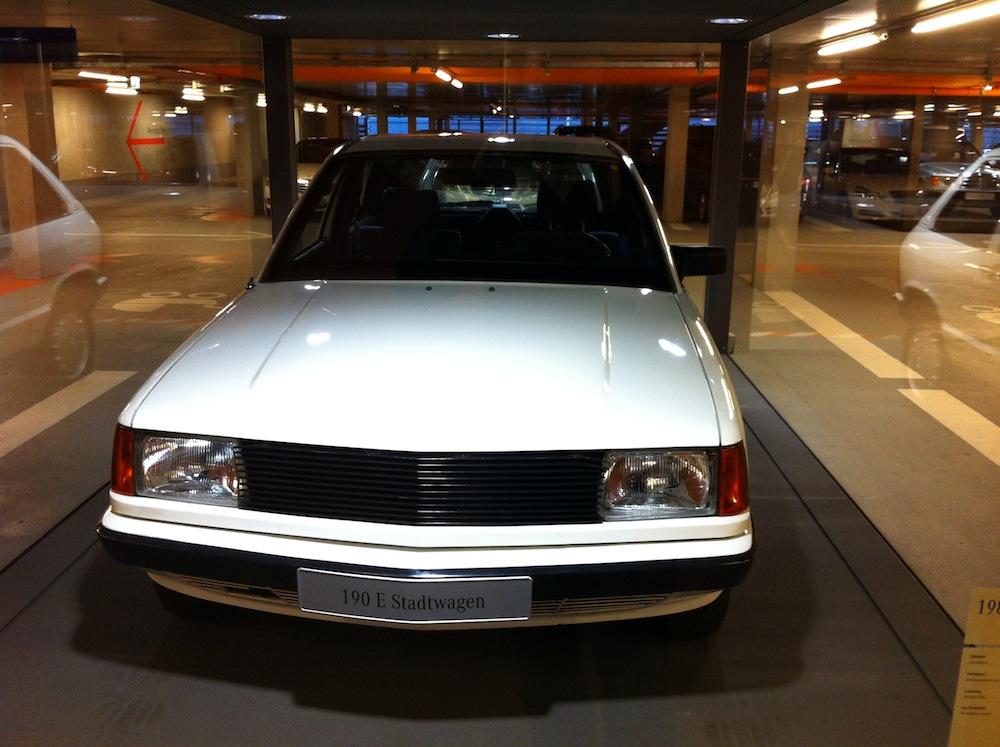 (W201): 190E Stadtwagen 1984 Fade6d10