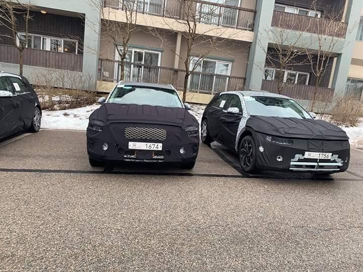 2021 - [Hyundai] SUV EV 10300629