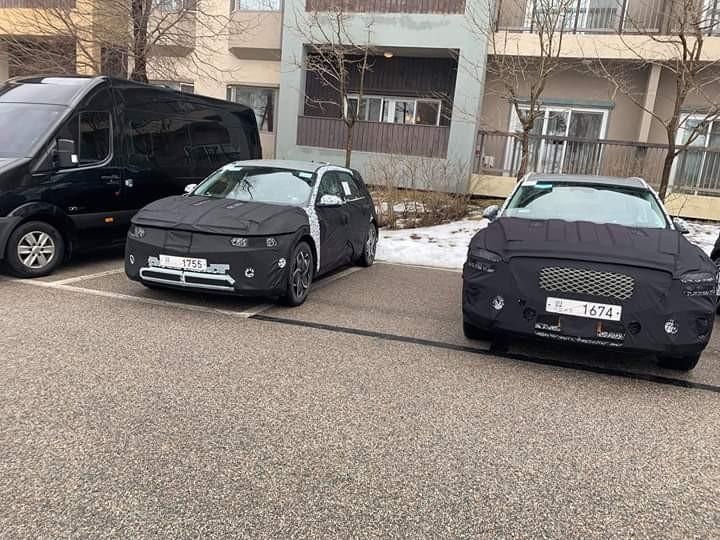 2021 - [Hyundai] SUV EV 10300630